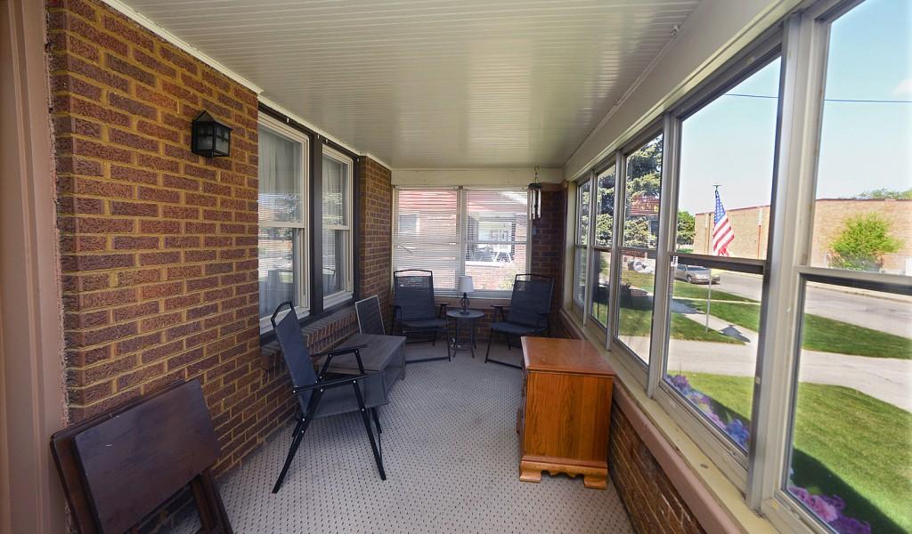 1105 W Jefferson Street, Ottawa, Illinois image 2