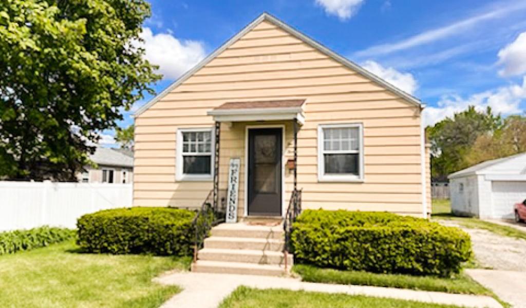 212 E Fremont Street, Ottawa, Illinois image 1