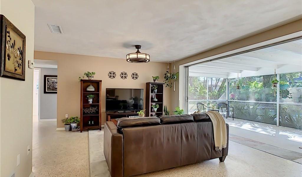 344 Oakhurst Street, ALTAMONTE SPRINGS, Florida image 9
