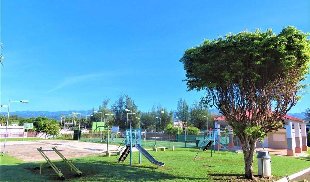 ST GARDENIA Urb. Los Pinos #521, YAUCO, Puerto Rico image 19