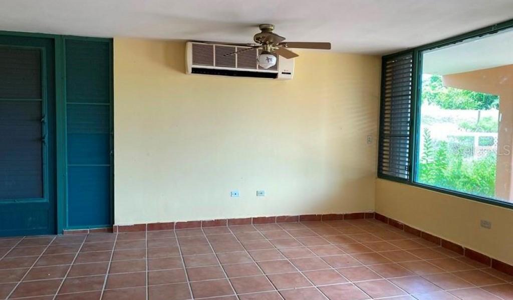 #130 Carreta St, LUQUILLO, Puerto Rico image 2