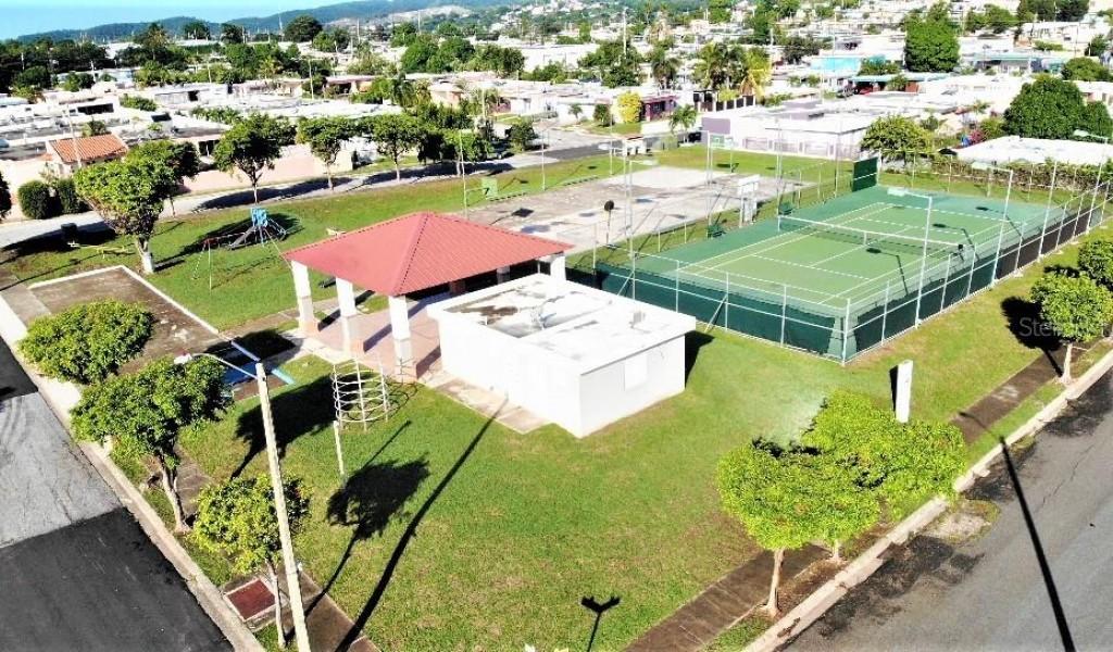 ST GARDENIA Urb. Los Pinos #521, YAUCO, Puerto Rico image 15